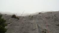 Последняя веревка - по RedFox. Море греется - туман поднимается.
