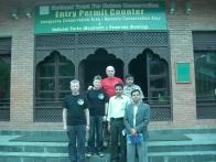 Бумажная работа позади: М. Загирняк, Ю.Круглов, М. Горбенко + 3 работника министерства туризма Непала