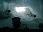 Наш Лагерь 2 в естественной ледовой пещере на 6500 / Our Camp 2 in natural ice cave at 6500