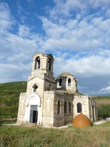 Церковь св. Луки - её взорвали, подожгли, но она устояла