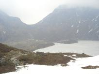 Двойной перевал Шиптона разделён котловиной с озером и лоджем