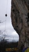 Андрей Федотов наблюдает с воздуха как Андрей Дзюня лезет маршрут первого дня соревнований