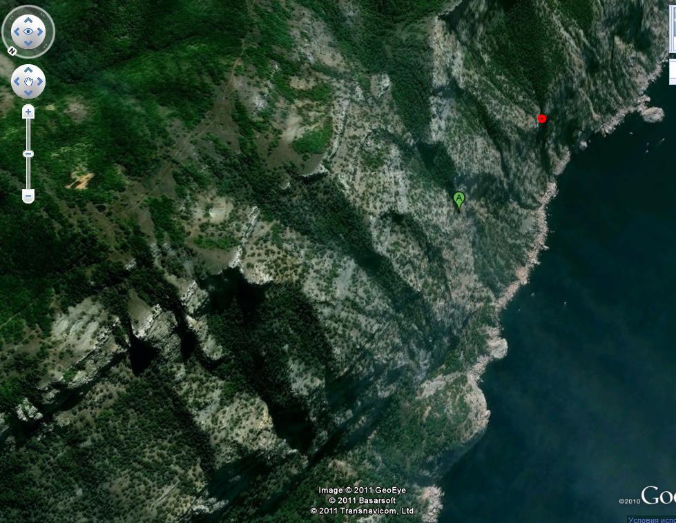 А - предполагаемое местонахождение пострадавшего, красный кружок - где мы его нашли