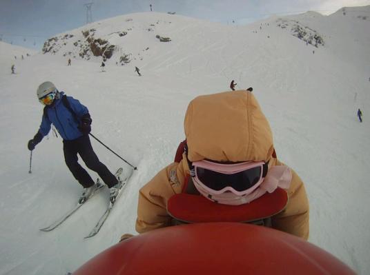 Семья в сборе на спуске в Les Deux Alpes