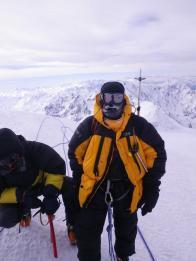 Ю. Круглов на вершине Казбека