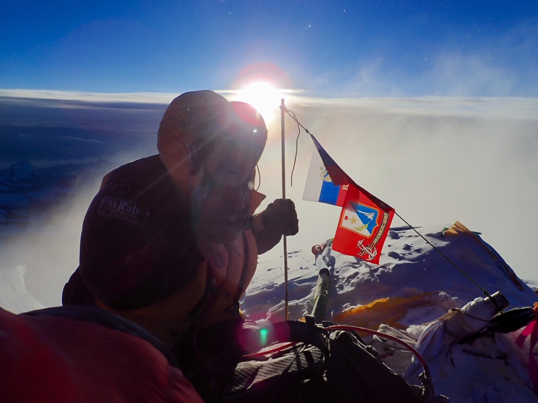 Рассвет на вершине Эвереста 23 мая 2019